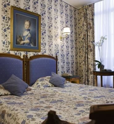 Grand Hôtel de l'Univers – Classic Twin Bed Room